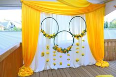 🏵 Like most cultures in the world, East Indian weddings use flowers to showcase symbolism and tradition during marital ceremonies. Bright… Informations About Sugarcoat Wedding &Event Decor on Instagra Wedding Hall Decorations, Desi Wedding Decor, Backdrop Decorations, Arch Wedding, Wedding Mandap, Wedding Flowers, Wedding Receptions, Wedding Ceremonies, Wedding Art
