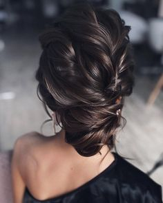 Vintage Wedding Hair Tonyastylist Long Wedding Hairstyles and Wedding Updos Classic Wedding Hair, Vintage Wedding Hair, Short Wedding Hair, Wedding Hair And Makeup, Simple Wedding Updo, Best Wedding Hairstyles, Bride Hairstyles, Vintage Hairstyles, Easy Hairstyles