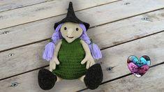Sorcière Halloween crochet 2/2 Lidia Crochet Tricot, Crochet Diy, Halloween, Etsy, Seasons, Christmas Ornaments, Holiday Decor, Autumn, Crochet Hobo Bag