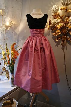 1950s Bubble Gum Silk Taffeta with Silk Jersey Top