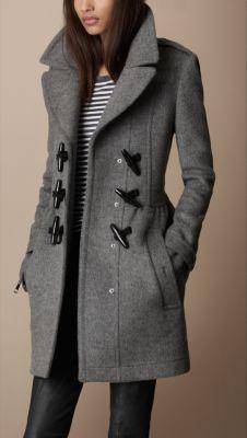 Burberry - Toggle Detail Wool Coat I want a toggle coat so badly! Fashion Mode, Look Fashion, Womens Fashion, Fall Fashion, Street Fashion, Lifestyle Fashion, Fashion Trends, Fashion Ideas, Winter Wear