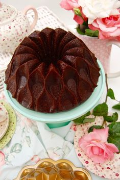 bundt cake chocolate y café 5 Cookie Desserts, Sweet Desserts, Sweet Recipes, Cake Recipes, Charlotte Dessert, Bunt Cakes, Cooking Cake, Gateaux Cake, Plum Cake