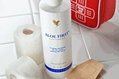 Aloe First® is a perfect addition to your first aid kit. This soothing formula is made using stabilized aloe vera gel from our own plantations. Aloe First® also contains bee propolis and a proprietary blend of eleven powerful plant extracts. Aloe Vera Gel, Aloe Vera Skin Care, Gel Aloe, Forever Aloe, Forever Living Aloe Vera, Aloe Barbadensis Miller, Eucalyptus Globulus, Bee Propolis, Spray Moisturizer