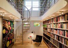 Biblioteca de dois andares. Mais de 9000 imóveis em Porto Alegre. Compra, venda e locação corporativa. Encontre o imóvel dos seus sonhos em: www.attive.com.br