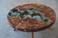 Image of round confluence river table