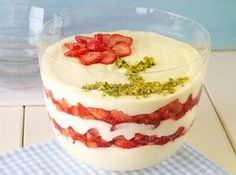 rezept-Schichtdessert mit Erdbeeren