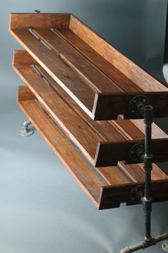 Handmade Reclaimed Wood Shoe Stand / Rack / von ReformedWood