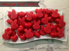 An Organic Wife: Recipe: Homemade Fruit Snacks