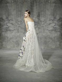 ROURE, yolancris, romantic, couture, dress, wedding, barcelona, bridal, gown, novia, vestido, bride, elegantes, atelier, modérons, originales, hechos a mano, artesanales, costura, couture gowns, tailored made, bespoke, best bridal designers, fashion, eleg