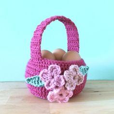 Easter Basket - free crochet pattern - Free Easter Basket Crochet Patterns - The Lavender Char