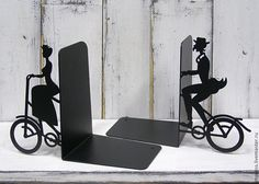 Купить Упоры для книг Ретро-прогулка - чёрный, упоры для книг, подставка для книг, ретро, велосипед