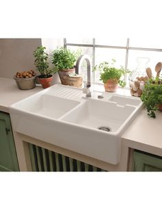 Kitchen sink ideas (The Attractive Double Ceramic Kitchen Sink Villeroy Boch Butler 90 Ceramic Belfast Double Sink is one of the pictures that are related to the pic) Ceramic Kitchen Sinks, Kitchen Sink Decor, Best Kitchen Sinks, Kitchen Sink Design, Farmhouse Sink Kitchen, Kitchen Sink Faucets, Modern Farmhouse Kitchens, New Kitchen, Butler Sink Kitchen