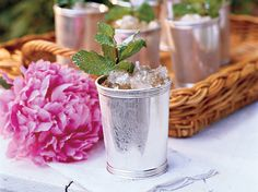 You don't have to make the trip to Churchill Downs or even Louisville to experience the Kentucky Derby. Plan your own Kentucky Derby party with these suggestions for Derby food, cocktails, like the ClassicMint Julep, games, and decorations. Classic Mint Julep Recipe, Kentucky Derby Food, Cocktail Party Themes, Cocktail Recipes, Derby Day, Derby Time, Mint Simple Syrup, Party Checklist, Bourbon Cocktails