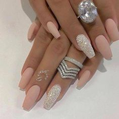 Tapered Square Nails Acrylic Nails Glitter Nails Matte Nails nailsacrylicsq is part of nails - nails Matte Nail Art, Best Acrylic Nails, Acrylic Nail Designs, Nail Art Designs, Nails Design, Matte Nails Glitter, Glitter Makeup, Bling Nails, Fun Nails