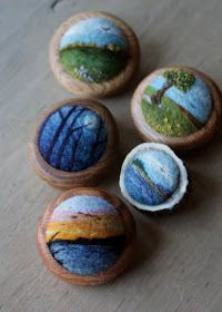 Minnesota artist Lisa Jordan makes these beautiful brooches by needle felting wool, and then implementing it to a found piece of oak. Felted Soap, Wet Felting, Needle Felting, Felted Wool Crafts, Felt Crafts, Felt Pictures, Wool Art, Felting Tutorials, Felt Brooch