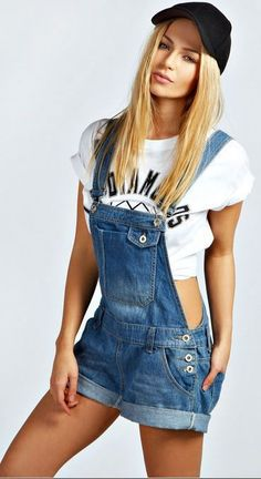Dahlia Denim Roll Hem Dungarees From boohoo Overalls Outfit, Denim Outfit, Salopette Short Jean, Denim Dungaree Shorts, Short Court, Teen Girl Fashion, Cool Outfits, Fashion Outfits, Playsuits