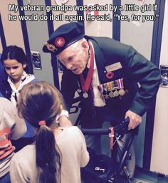 Faith In Humanity Restored – 10 Pics -- These are the types of veterans and active soldiers I respect and support. Sweet Stories, Cute Stories, Beautiful Stories, Gives Me Hope, Thats The Way, Gi Joe, Along The Way, Good People, Amazing People