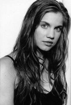 anna chlumsky - would play Rachael. Google Search