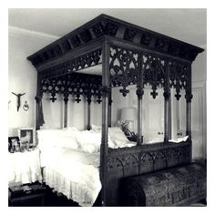 Beautiful Gothic bed Bedroom Interiors Closets ❤ liked on Polyvore featuring home and decor