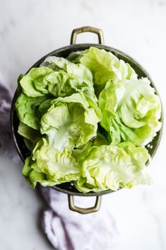 Honey apple cider vinaigrette with castelvetrano olives manchengo cheese and crisp butter lettuce Simple ingredients with big flavor Lettuce Salad Recipes, Side Salad Recipes, Beet Salad, Salad Bar, Fresh Beets, Onion Tart, Baked Yams, Strawberry Sauce, Spring Recipes