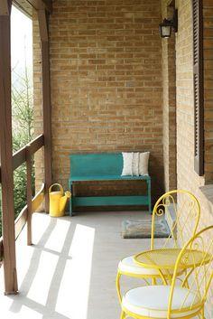 Primitive & Proper: Fun Florence Porch Bench
