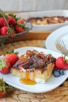 Cream Cheese French Toast Casserole. This looks incredibly unhealthy but oh so tasty. :)