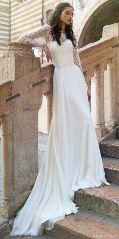 Stephanie Allin 2017 Wedding Dresses 37 - Deer Pearl Flowers / http://www.deerpearlflowers.com/wedding-dress-inspiration/stephanie-allin-2017-wedding-dresses-37/