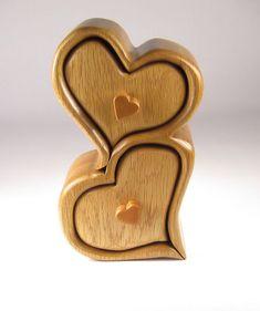 Boîte de scie à ruban artisanale de bijoux, bijou ou souvenirs fabriqués à partir de chêne