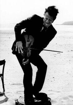 Fiddler on the Beach
