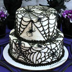 Black Velvet Spider Cake from LoveandConfections.com