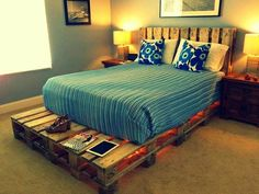 "Lighted Pallet Bed via IHateCleaning This could also be done using twin sized mattresses, end to end, and used as a ""sitting/sleeping"" area....great idea for a grandkids bedroom!"