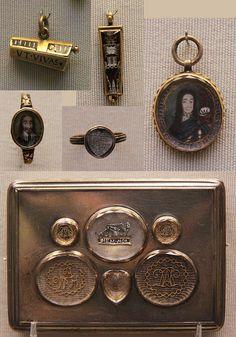 """Memento Mori ""Jewellery by Kotomicreations, via Flickr"
