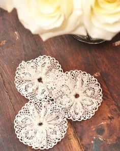 lace rosettes-easily made from lace by MarylinJ Making Fabric Flowers, Cloth Flowers, Burlap Flowers, Flower Making, Diy Flowers, Wedding Flowers, Ribbon Crafts, Flower Crafts, Fabric Crafts