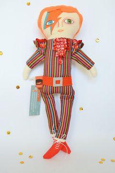David Bowie doll / Cloth doll / Handmade art by Chile-based Etsy shop MandarinasDeTela, $56.00