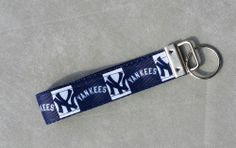 Handcrafted MLB New York Yankees Baseball Key Chain Wristlet NEW