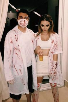 40 Awesome Couples Halloween Costumes Ideas - Fun Couples Halloween costumes for 2019 are more mainstream than they were a year ago. Several of the top topics are classic thoughts that arrive quit. Disfarces Halloween, Doctor Halloween Costume, Scary Couples Halloween Costumes, Best Couples Costumes, Halloween Outfits, Costumes For Women, Couple Costumes, Modern Halloween, Zombie Couple Costume