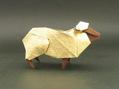 Origami!!!!  Sheep (Hideo Komatsu) - this makes me happy. and I think I will be getting back into some paper-folding. This blog has some amazing origami to fold up!