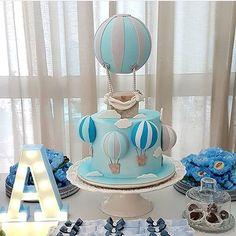 Ideas Birthday Balloons For Boys Baby Shower Baby Shower Cakes, Deco Baby Shower, Baby Shower Balloons, Birthday Balloons, Baby Boy Shower, Baby Shower Decorations For Boys, Baby Shower Themes, Hot Air Balloon Cake, Baby Boy Birthday