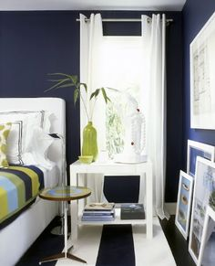 Dark royal blue walls surround this bedroom oasis and I adore the wide striped blue and white rug, photographed by Roger Davies Photography. Navy Blue Bedrooms, Bedroom Green, Green Rooms, Bedroom Decor, Bedroom Ideas, Bedroom Pics, Nautical Bedroom, Preppy Bedroom, Master Bedroom