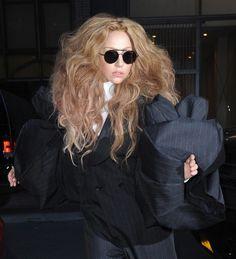 #LadyGaGa Wearing #TomFord FT0246 SAMUELE #Sunglasses at the #FashionMediaAwards held in New York City http://pict.com/p/BQj
