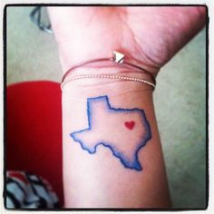 Pin for Later: 50 States of Tattoos: Ink Ideas From Every Corner of America Texas State Tattoos, Texas Tattoos, Key Tattoos, Girl Tattoos, Sleeve Tattoos, Tatoos, Tattoo Now, Real Tattoo, Tattoo Designs
