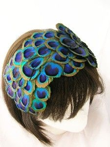 Peacock feather fascinator - Steampunk Bonnet 60 plus peacock feather eyes from ear to ear - Hollywood Regency Style - REGINA design Peacock Colors, Peacock Feathers, Peacock Hair, Peacock Dress, Peacock Wings, Peacock Shoes, Peacock Costume, Peacock Jewelry, Fascinator Hats