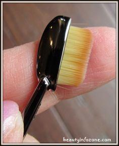 Artis Linear 1 Brush