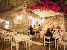 Kai Kremmidi Restaurant, Hydra Island Greece, East meets West Fusion Food, Hydra Restaurant Guide, Hydra restaurants.