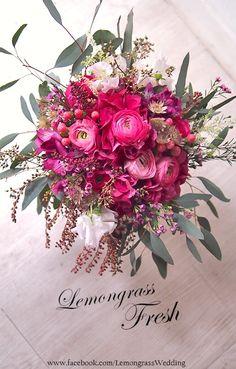 www.facebook.com/LemongrassWedding Floral Bouquets, Wedding Bouquets, Wedding Flowers, Floral Wreath, July Wedding, Wedding Bells, All Flowers, Fresh Flowers, Fantasy Wedding