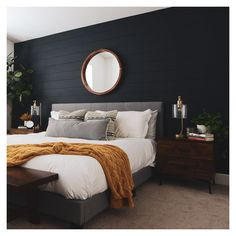 Navy Accent Walls, Accent Wall Bedroom, Navy Bedroom Walls, Bedroom Black, Dream Bedroom, Home Decor Bedroom, Modern Bedroom, Bedroom Ideas For Couples Modern, Home Interior