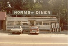20 Nostalgic Pictures Of Old Fashioned Diners