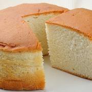 Ez a legporhanyósabb, legomlósabb linzer titka! Milk Sponge Cake Recipe, Vanilla Sponge Cake, Vanilla Icing, Sponge Cake Recipes, Food Cakes, Vanilla Essence, Condensed Milk, Cornbread, Food Art