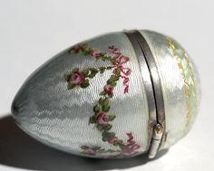 Guilloche egg box