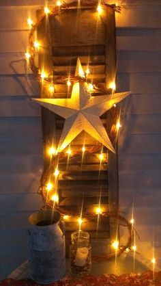 Antique shutter decor dyi country pottery barn inspired We did this with a new shutter and used other Americana inspired ideas easy Christmas Lights, Christmas Crafts, Christmas Decorations, Holiday Decor, Xmas, Christmas Ideas, Country Crafts, Country Decor, Dyi Crafts